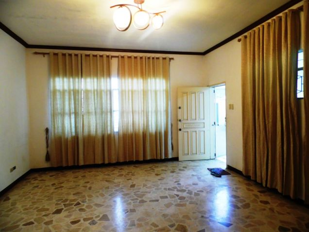 Bungalow House and Lot for Rent in Balibago Angeles City - 9