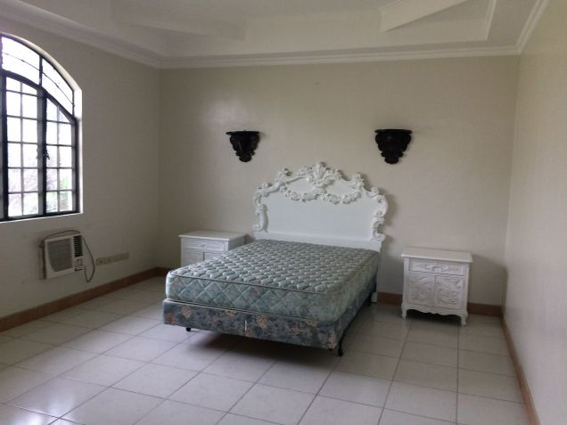 5 Bedroom Semi Furnished House and Lot for Rent in Angeles City - 5