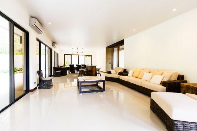 Brand New 5 Bedroom House for Rent in Maria Luisa Park - 8
