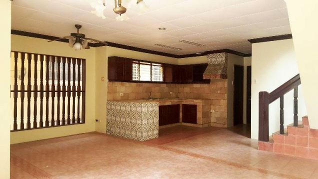 Banawa House for Rent 3 Bedrooms - 1
