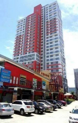 Very affordable and Furnished Studio Condo unit near Cybergate, Ortigas and Makati. Only 6,000 per month! - 4