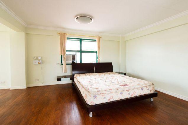 Spacious 5 Bedroom House for Rent in Talamban Cebu City - 9
