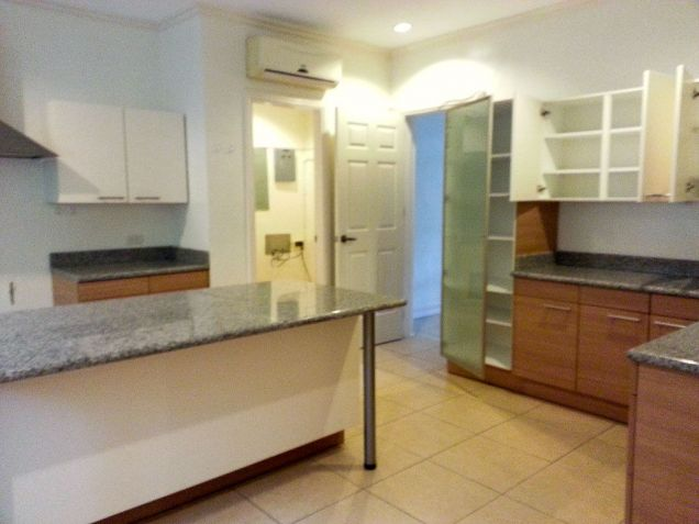Spacious 4 Bedroom House with Swimming Pool for Rent in Maria Luisa Cebu - 1