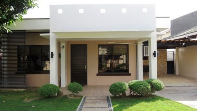 Bungalow House and Lot for rent in Lahug - 0