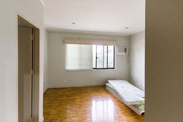 Renovated 4 Bedroom House for Rent in Maria Luisa Park - 6