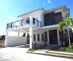 House with Huge Masters Bedroom and Walk in Closet for Rent - 55K - 1
