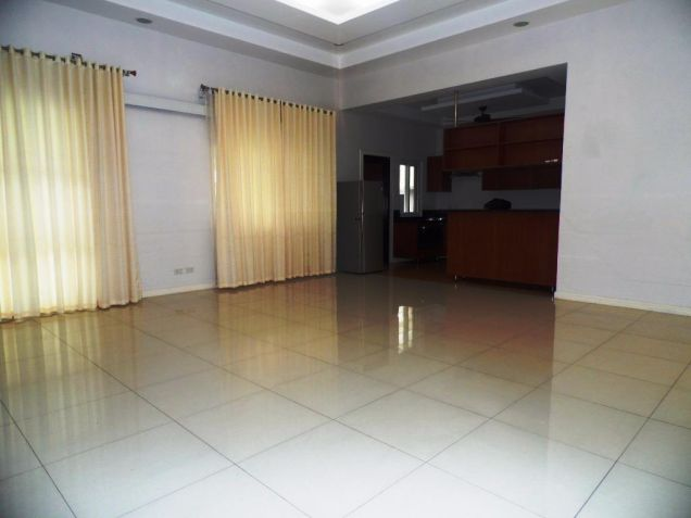 3 Bedroom Furnished Bungalow House and Lot with Pool for Rent - 6