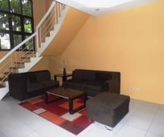 Town House with 4 Bedrooms inside a Secured Subdivision for rent - P35K - 4