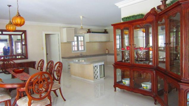 For Rent:  Executive House with Pool - 5