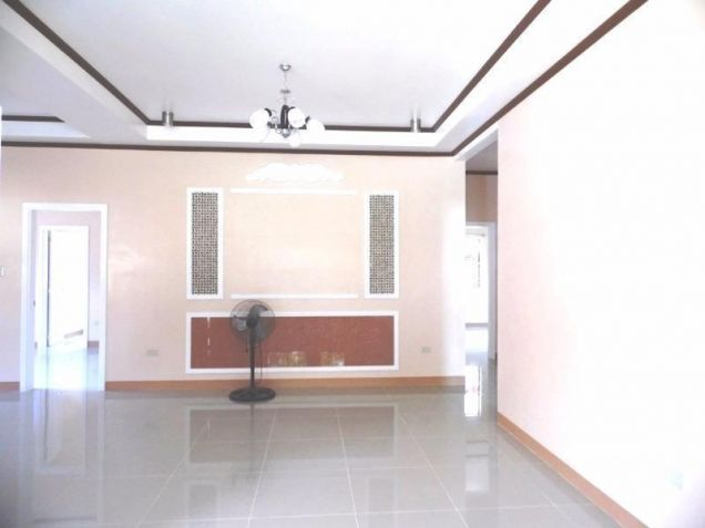 3 bedroom House and Lot for rent in Angeles City - 3