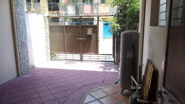 For Rent Three Bedroom Townhouse In Angeles city - 2