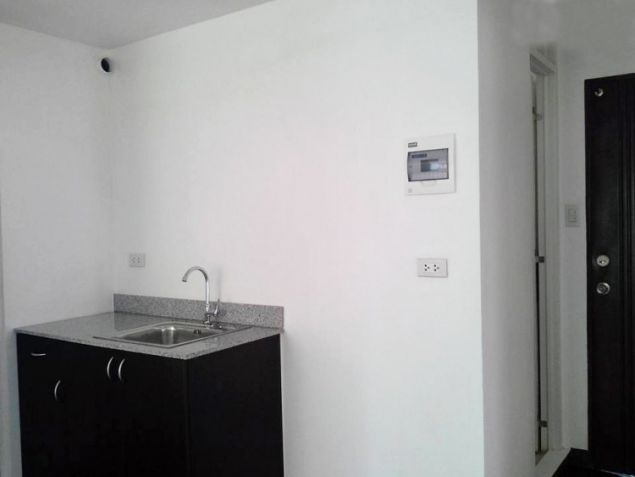 Very Affordable Condominium Unit for Sale in Quezon City - 8
