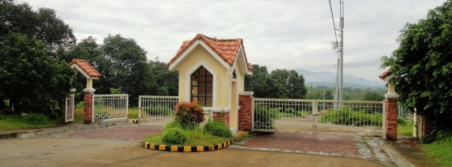 Lots Available For Sale at The Hampton Place, Domuclay, Batangas City - 3