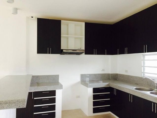 4 Bedroom Brand New House for rent near Sm clark - 45K - 0