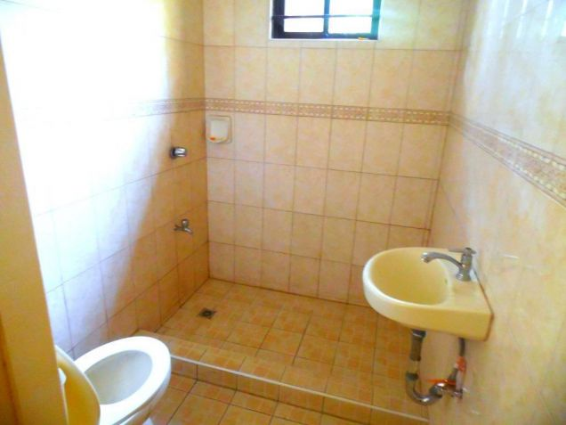 Bungalow House For Rent In Angeles City With 3 Bedrooms - 9