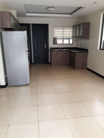 For Rent House and Lot in Acacia Esates Taguig near Fort Bonifacio - 1