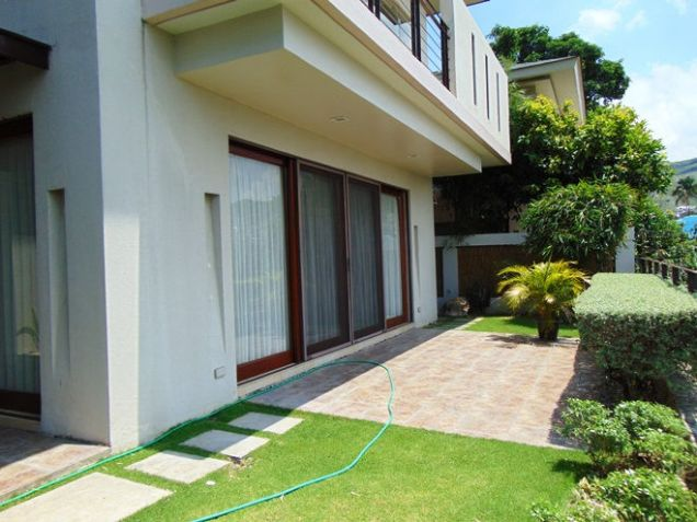 Semi Furnished House For Rent 3 Bedrooms in Banawa Cebu City 300 sq.m. floor area - 3