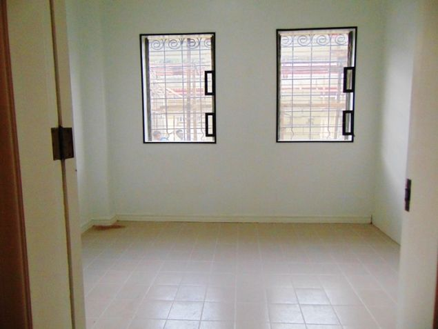 Banilad House for Rent 6 Bedrooms Un-furnished - 1