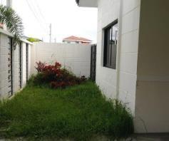 3 bedrooms for rent near SM CLARK ---- P 35K - 5