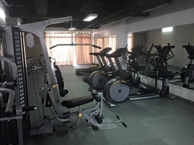 Very affordable and Furnished Pre-Selling 1 Bedroom Unit  8,000 monthly - 6