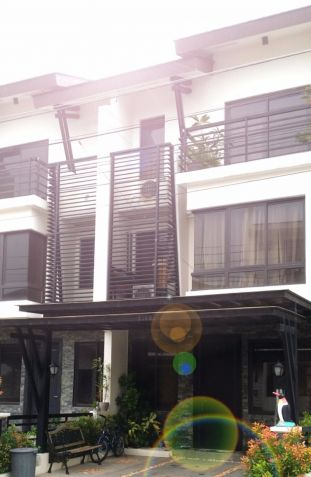 For Rent House and Lot in Acacia Esates Taguig near Fort Bonifacio - 0