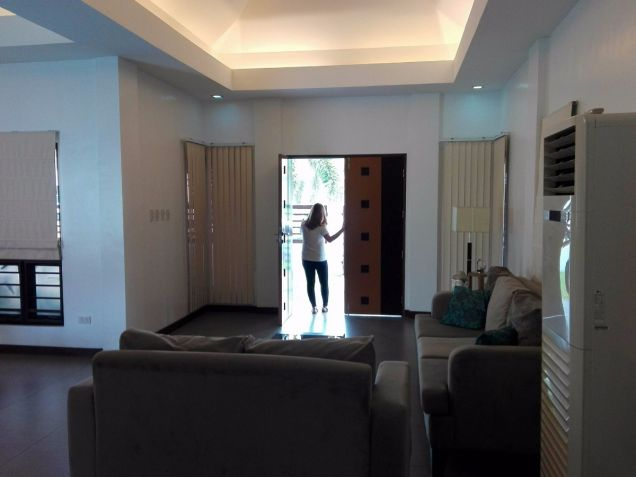 Spacious Bungalow House and Lot for Rent in Hensonville Angeles City - 2