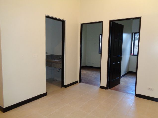 DMCI Taguig Affordable 2BR Condo Cypress Tower Ready for occupancy nr Fort - 0