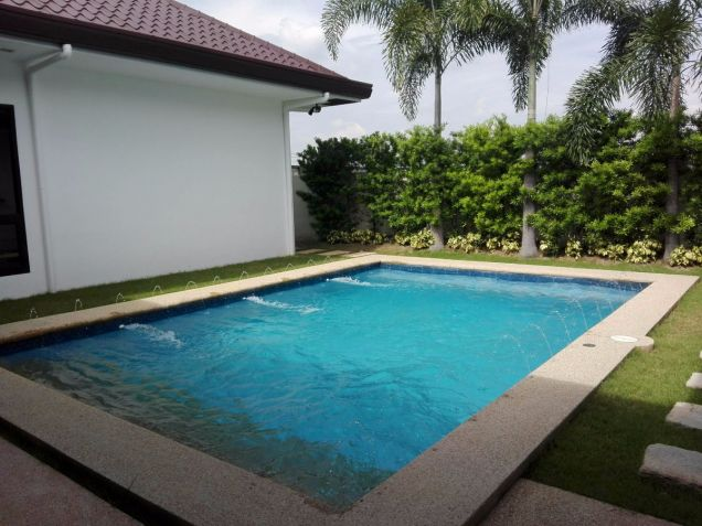 Spacious Bungalow House and Lot for Rent in Hensonville Angeles City - 7