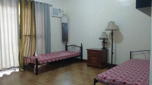 4BR with Private pool for rent in Angeles City - 65K - 3