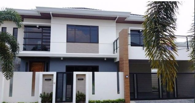House and lot with 4 bedrooms & swimming pool in Angeles FOR RENT @130K - 1