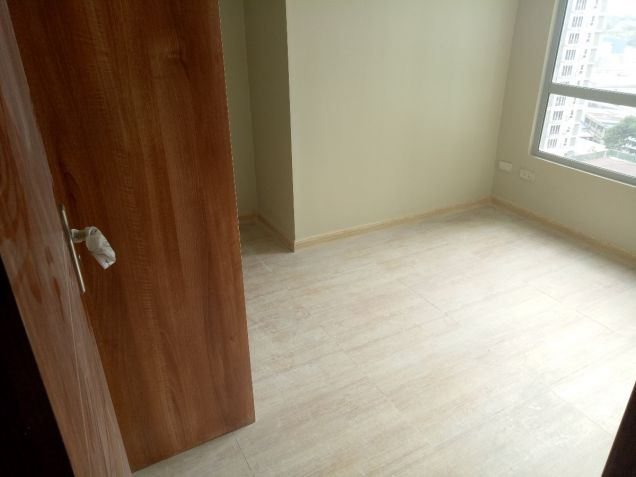 Ready for Occupancy 2 bedroom condo unit in near Shangrila, Robinsons Galleria - 9