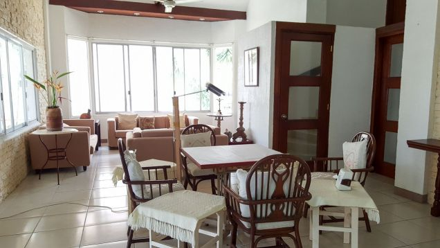 4 Bedroom House for Rent with Swimming Pool in Cebu City Banilad - 4