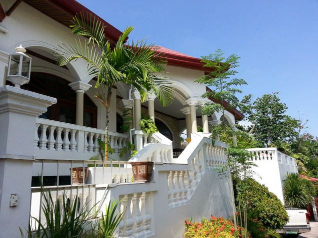 5 Bedroom House with Swimming Pool for Rent in Maria Luisa Cebu City - 0