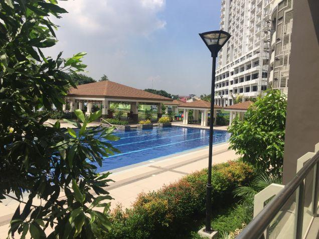 Cheap 1 bedroom Condominium Near SM North Resort-type Condominium - 6
