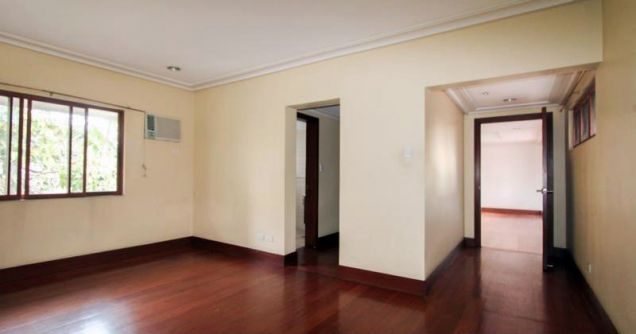 4 Bedroom Elegant House for Rent in Urdaneta Village Makati(All Direct Listings) - 4