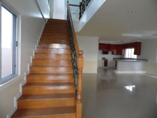 3 Bedroom House With Spacious Rooms For Rent In Angeles City - 1