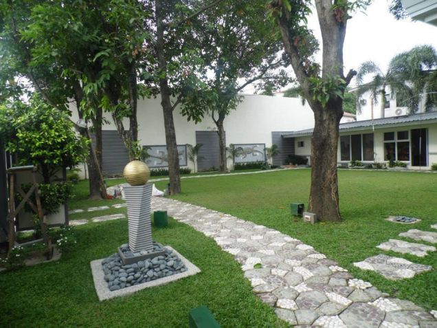 Big yard with 4BR for rent in Angeles City - 55K - 2