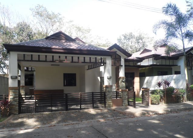3 Bedroom Modern Bungalow House and Lot for Rent - 0