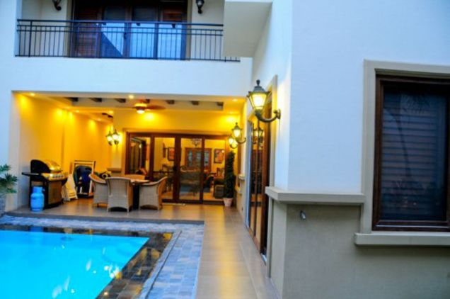 5 Bedroom House with Swimming Pool for Rent in Cebu City - 4