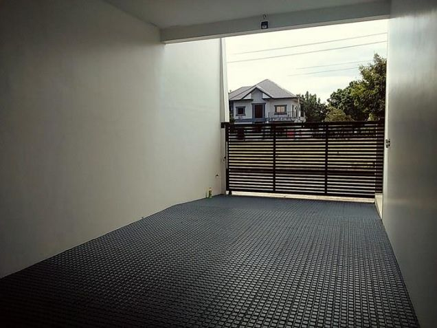 Semi furnished with 3BR house for rent in Telabastagan San Fernando Pampanga - 60K - 2