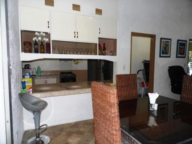 Bungalow Type House and Lot forRent in Cut-cut  Angeles City - 5