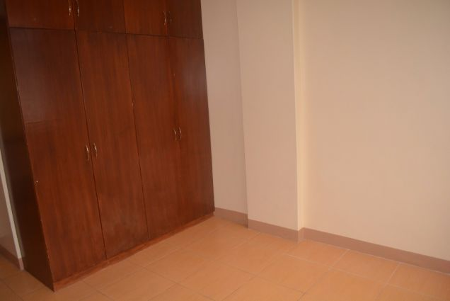 Lahug townhouse with 3 bedrooms unfurnished inside gemsville P27K - 5