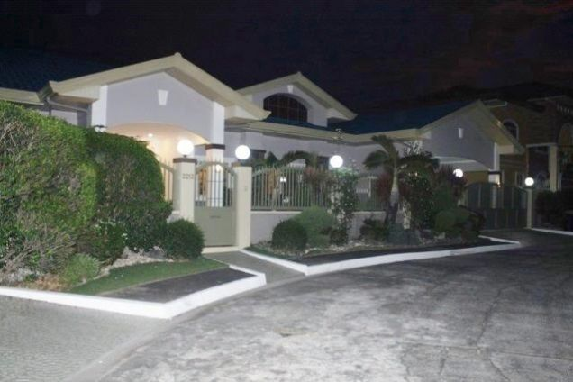 Huge House for Rent with Private Swimming Pool in Angeles City - 0