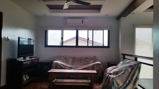 2-Storey House and Lot for Rent with Private Pool in Hensonville Angeles City - 5