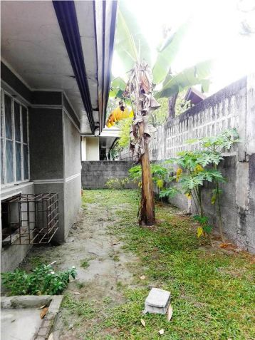 500sqm Bungalow House & Lot For Rent Along Friendship Hiway In Angeles City - 4