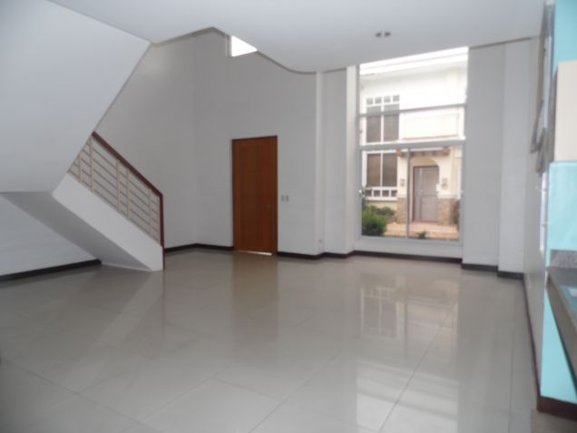 3 Bedroom Spacious Town house for Rent in Friendship - 1