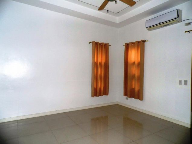 3 Bedroom Furnished Bungalow House and Lot with Pool for Rent - 2