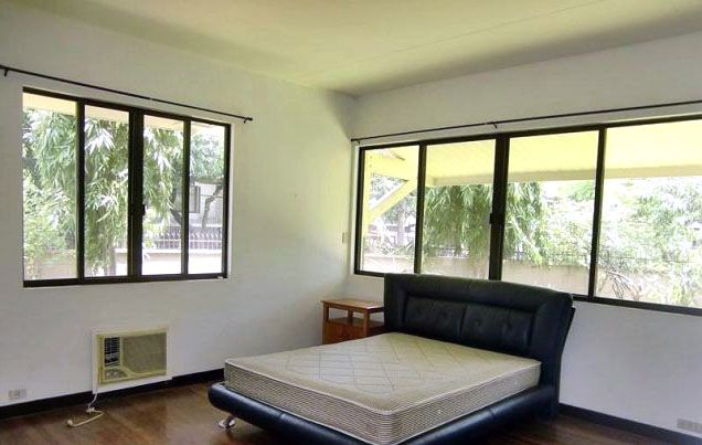 4 Bedroom House and Lot for Rent/Lease in San Lorenzo Village Makati(All Direct Listings) - 2