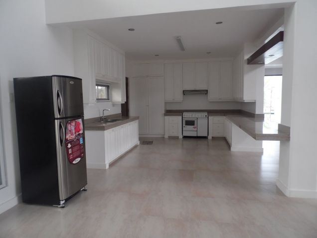 House and Lot for rent with 4Br in Angeles City- 100M - 8