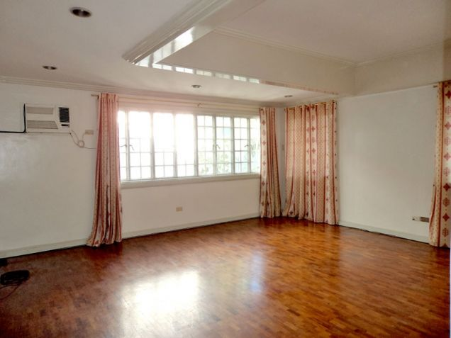 San Lorenzo Village 3 Bedroom Spacious House for Rent, Makati (All Direct Listings) - 5